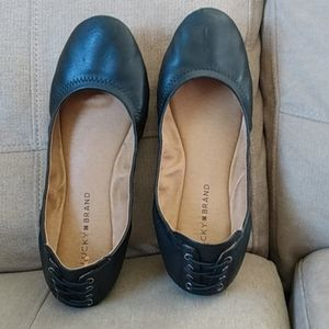 LUCKY BRAND LACE BACK LEATHER FLATS